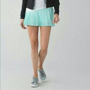 Lululemon Athletica Tranquil Blue Pleated Skirt